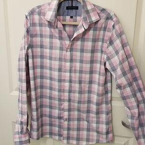 Tommy Hilfiger Men's Button-Down Dress Shirt